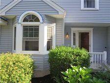 378 Meridian Street Ext Apt 33, Groton, CT 06340