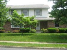 3878 Southland Dr, Hanover Township, PA 18017