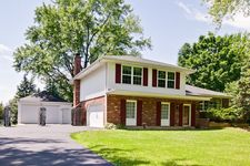 1124 N Perry Dr, Palatine, IL 60067