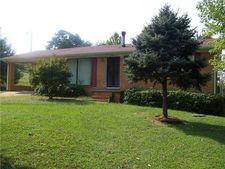 104 Hurst St, Clifton, TN 38425