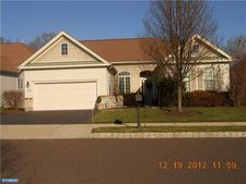 1207 Scott Pl, Warminster, PA 18974