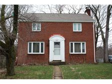 2287 Lambeth Dr, Upper Saint Clair, PA 15241