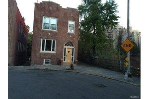 1670 Townsend Ave, Bronx, NY 10453