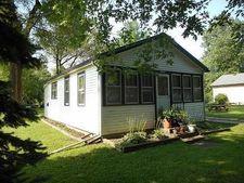 24825 Wilson St, Kansasville, WI 53139