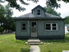 272 State St, Tracy, MN 56175