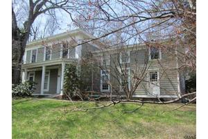 7 Ford Rd, Pittstown, NY 12180