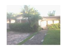 11650 Ne 21st Dr, North Miami, FL 33181