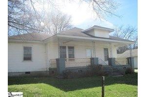 211 Goodrich St, Greenville, SC 29611