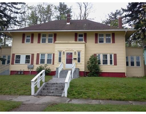 127-131 Leyfred Ter Springfield, MA 01108