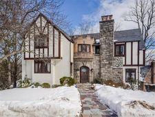 32 Bretton Rd, Scarsdale, NY 10583