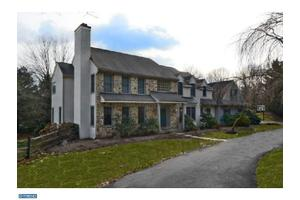 Photo of 5 ROSCOMMON DR,NEWTOWN SQUARE, PA 19073