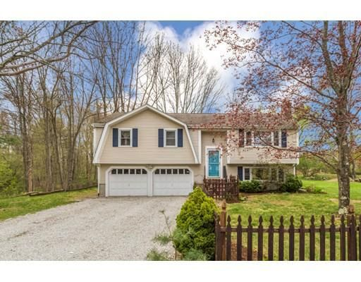 63 West St, Medway, MA 02053