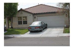 5003 Naff Ridge Dr, Las Vegas, NV 89131