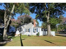 1044 Plymouth St, Windsor, CT 06095