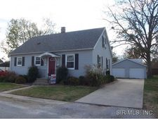 111 S Fillmore St, Red Bud, IL 62278