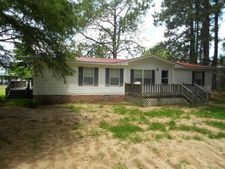 422 Lakeshore Way, Cordele, GA 31015
