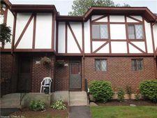 403 Cedar Hollow Dr, Rocky Hill, CT 06067