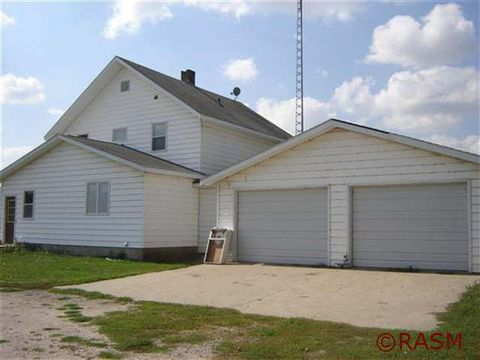 36768 650th Ave, Butterfield, MN 56120