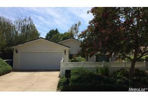 1580 Woodridge Oak Way, Sacramento, CA 95833