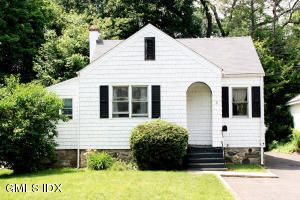 4 Wescott Ct, Riverside, CT