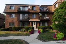 406 E Kensington Rd Apt F, Mount Prospect, IL 60056