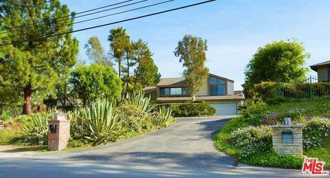 13302 Mulholland Dr, Beverly Hills, CA 90210