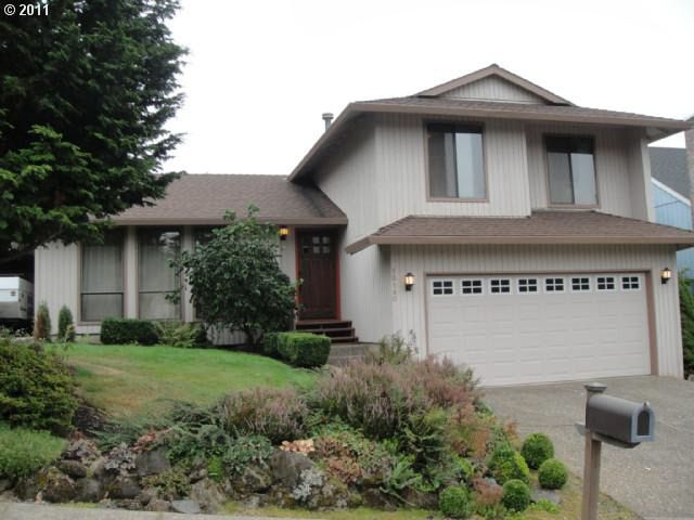 12140 Se Timber Valley Dr, Happy Valley, OR