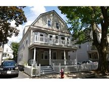 33 Ossipee Rd Unit 2, Somerville, MA 02144