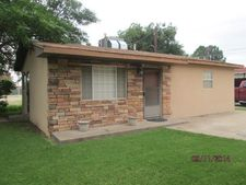 605 1/2 W Quay Ave, Artesia, NM 88210