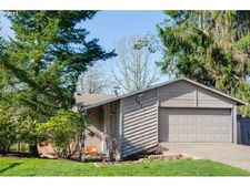 5035 Sw Fairvale Ct, Portland, OR 97221