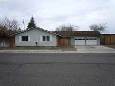 304 Donovan Dr, Boardman, OR 97818