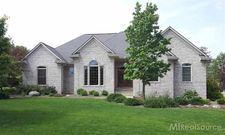 4580 Windmill Ct, Lake Orion, MI 48359