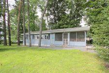 295 Barn Rd, Tafton, PA 18464