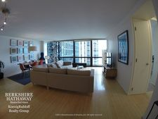 900 N Lake Shore Dr Apt 1707, Chicago, IL 60611
