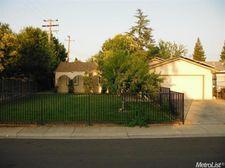 3505 Scorpio Dr, Sacramento, CA 95827