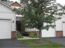 3371 Baldwin Woods Dr, Orion Township, MI 48359