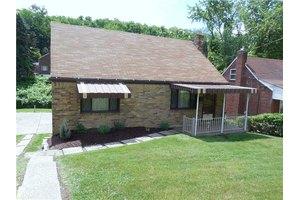 113 Emrose Dr, Penn Hills, PA 15235