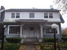 94 Massachusetts St, Highland Park, MI 48203