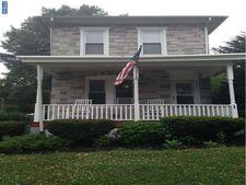551 N Pleasantview Rd, Pottstown, PA 19464