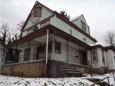 735 Thompson Ave, Donora, PA