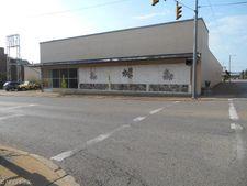 627 Market St, Zanesville, OH 43701