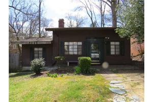 2703 Bedford Ave, Raleigh, NC 27607