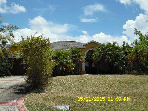 2422 Sw Gay Cir, Port Saint Lucie, FL 34953