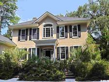 50 Bay Dr, Beaufort, SC 29907