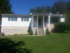 439 Pineview Rd, Masontown, WV 26542