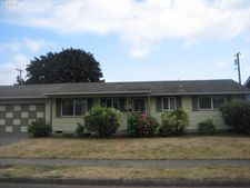 1053 Pleasant St, Springfield, OR 97477