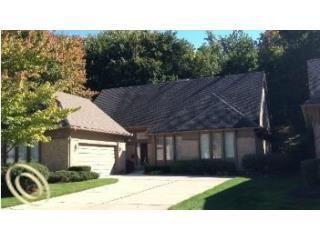 28748 Hidden Trl, Farmington Hills, MI