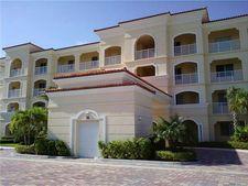36 Harbour Isle Dr W Unit 106, Fort Pierce, FL 34949