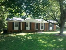 4411 Kevin Ct, Charlotte, NC 28205
