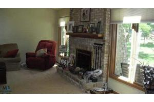 13964 Heatherwood, Sterling Heights, MI